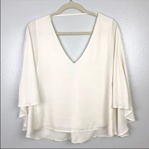 Cupcakes and Cashmere | Cape Top Flowy Cream S